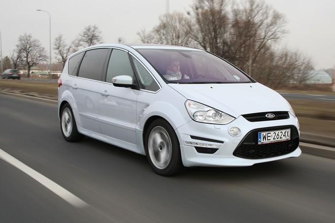 test ford s max minivan w sportowej okrasie nowe. Black Bedroom Furniture Sets. Home Design Ideas