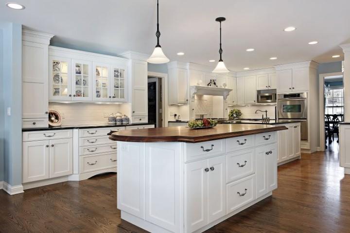 Jak mądrze i stylowo urządzić wyspę kuchenną?  Meble   -> Kuchnia Letnia Prawo Budowlane