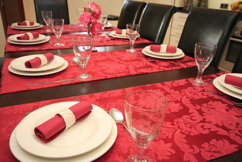 Czy alkohol i obiad w restauracji można zaliczyć do kosztów podatkowych?
